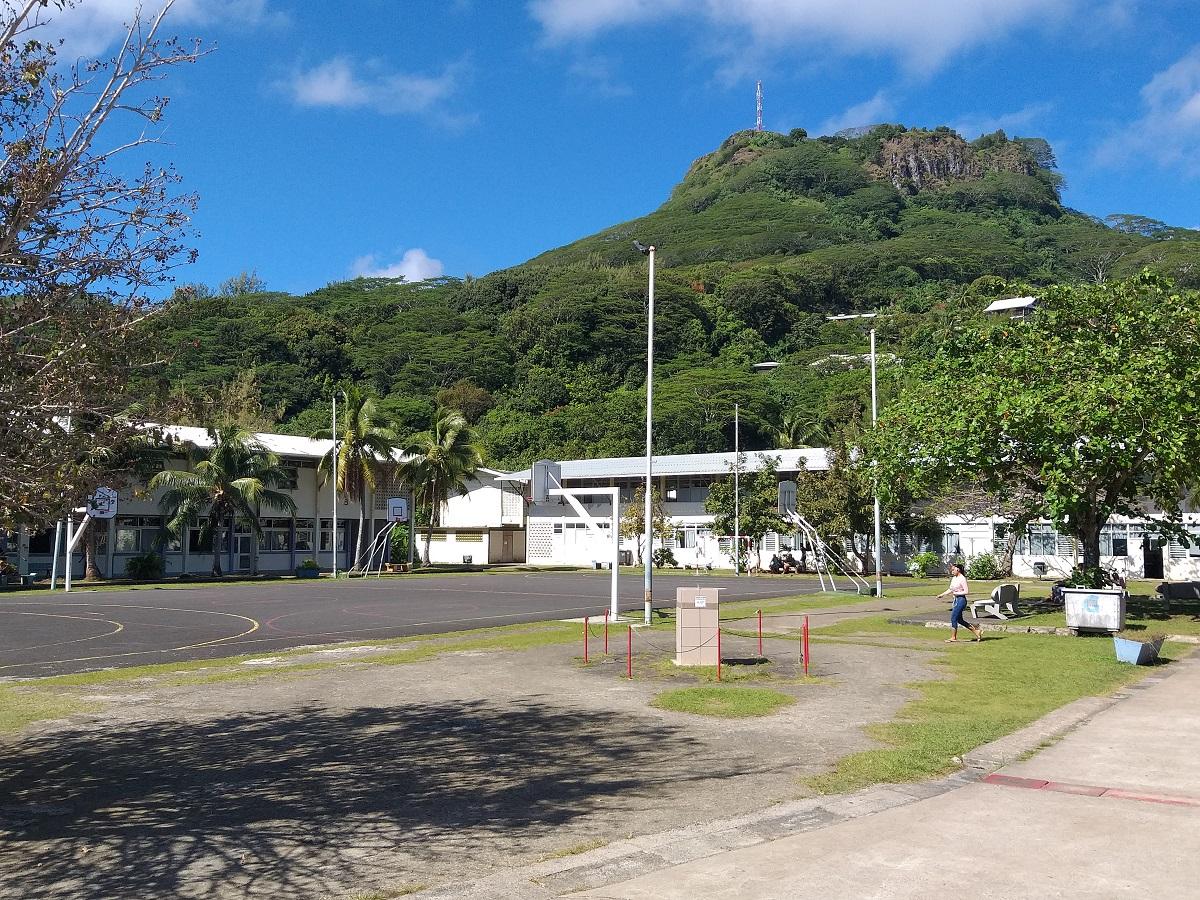 """""""C'est la première fois qu'un tel drame se produit dans le cadre scolaire à Raiatea. On ne veut plus voir un tel événement se répéter à l'avenir"""", a confié Hinano Holman, présidente de l'association des parents d'élèves du LP de Uturoa."""