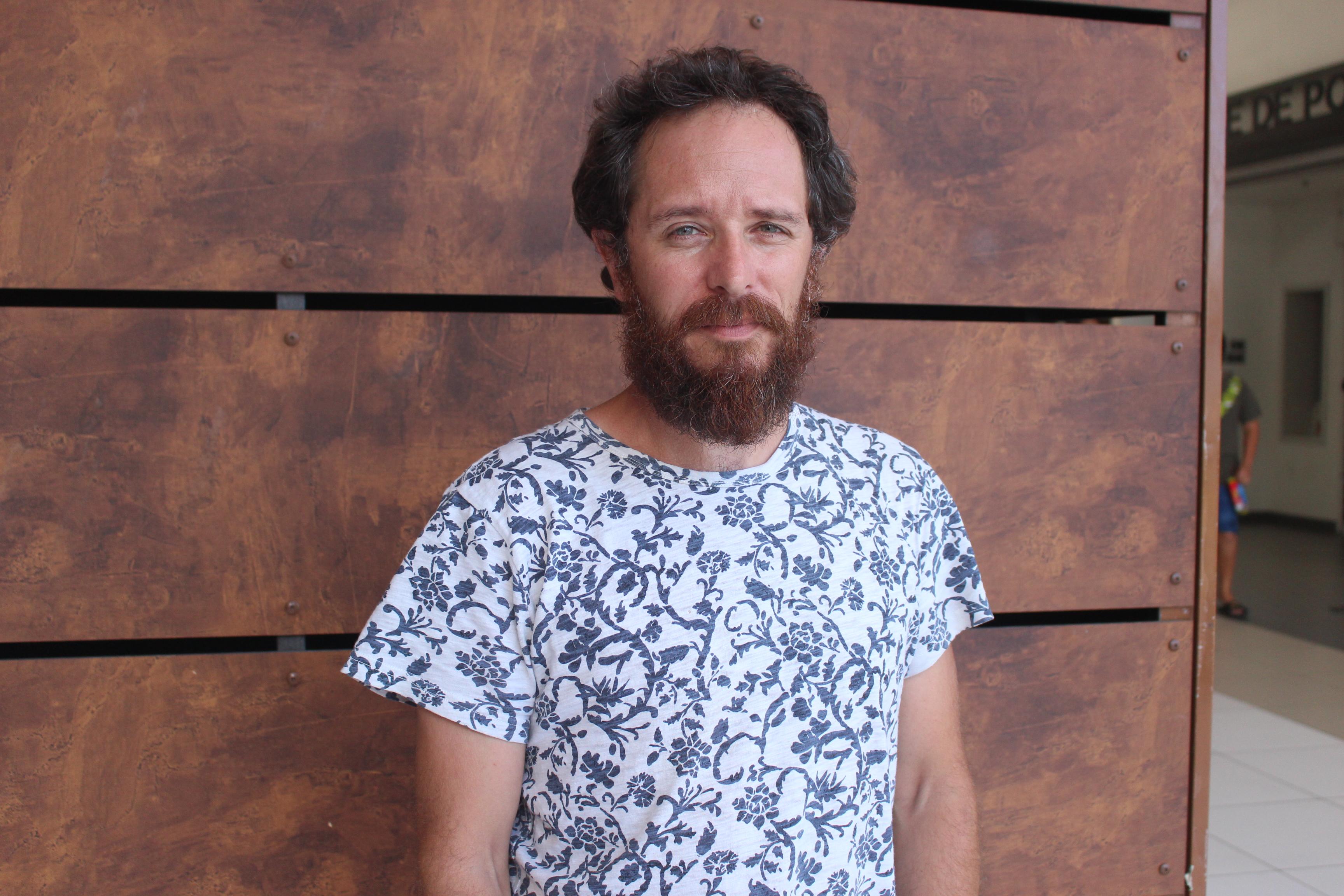Gildas Meilleray est l'auteur et l'acteur de la pièce Cornu Copiae ou l'imposture du frigo.