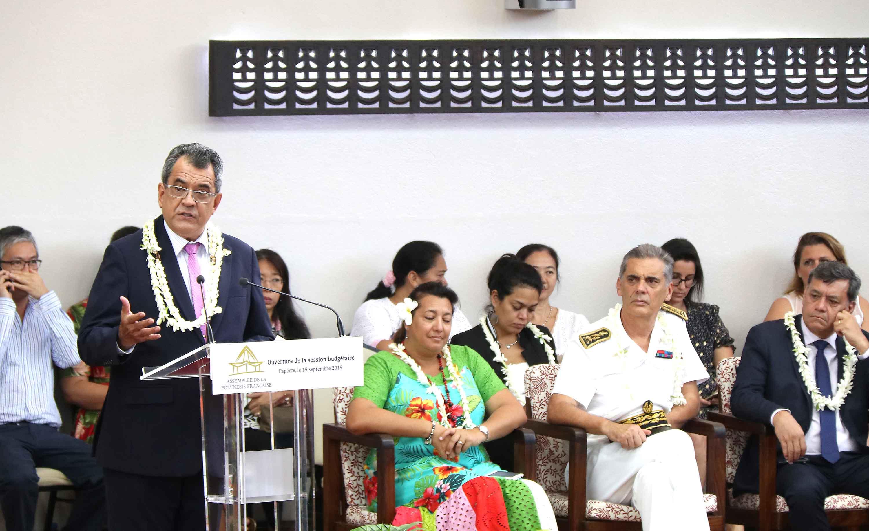 La session budgétaire de l'assemblée de Polynésie française s'est ouverte ce jeudi matin place Tarahoi.. Crédit Présidence de la Polynésie française