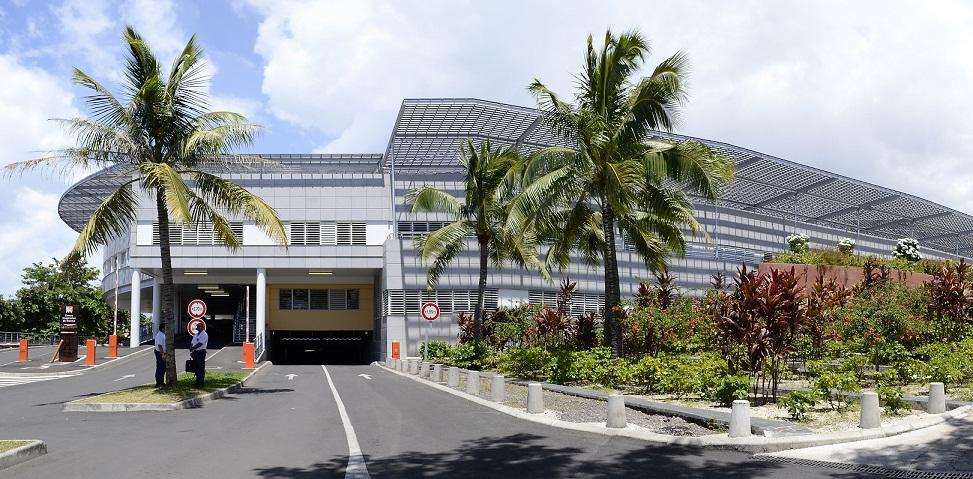 La justice ordonne la réintégration du Dr Cordonnier au CHPF