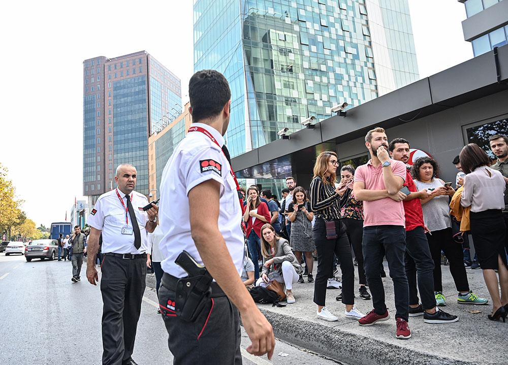 Istanbul: 8 blessés après un séisme de magnitude 5,7
