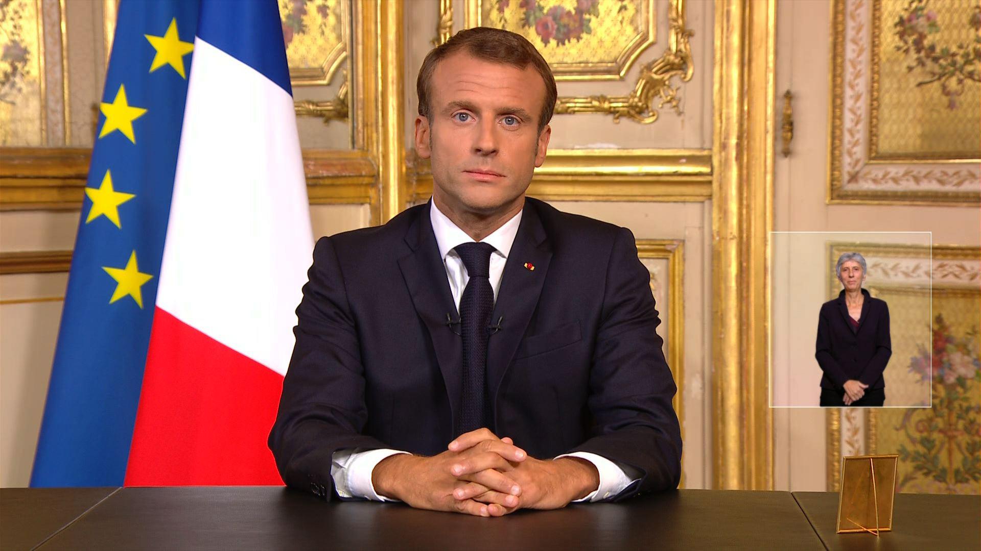 """""""Une part de la France qui s'en va"""", un homme """"de coeur"""": pluie d'hommages pour Chirac"""