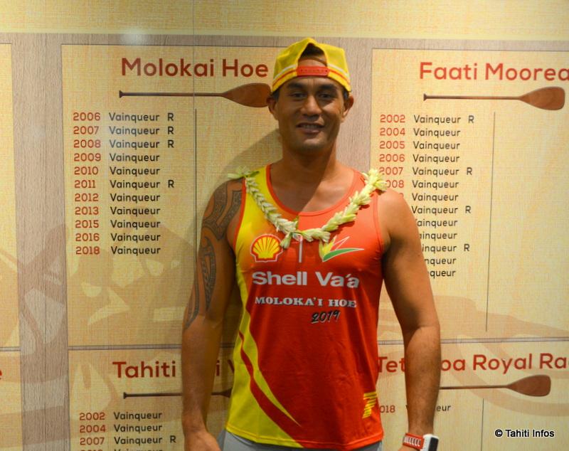 Le nouveau maillot de Shell pour aller chercher un titre en plus à la Moloka'i Hoe