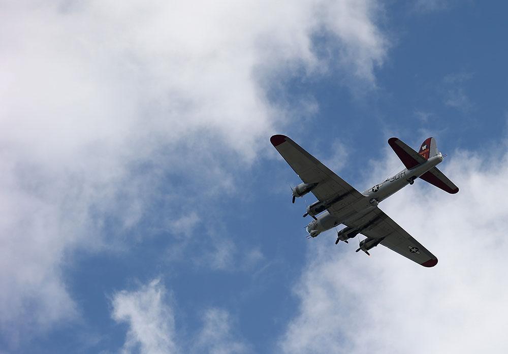 USA: au moins 7 morts dans l'accident d'un bombardier de la Seconde Guerre mondiale