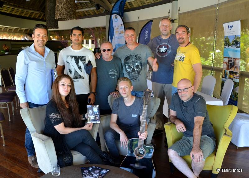 Le groupe Rosedale, le jeune Julian candidat au concours Guitare Club Tiare, et le collectif Tahiti Rock qui a repris du service pour organiser le festival. Il ne manque que Cali, dans l'avion lors de la conférence de presse à cause d'un coup de foudre !