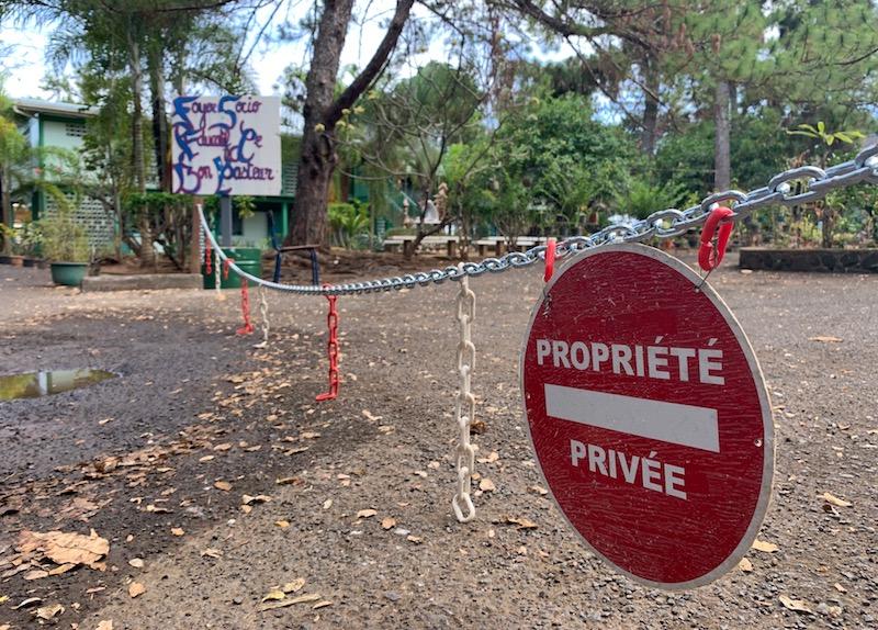 La tension monte à l'école bilingue de la Mission