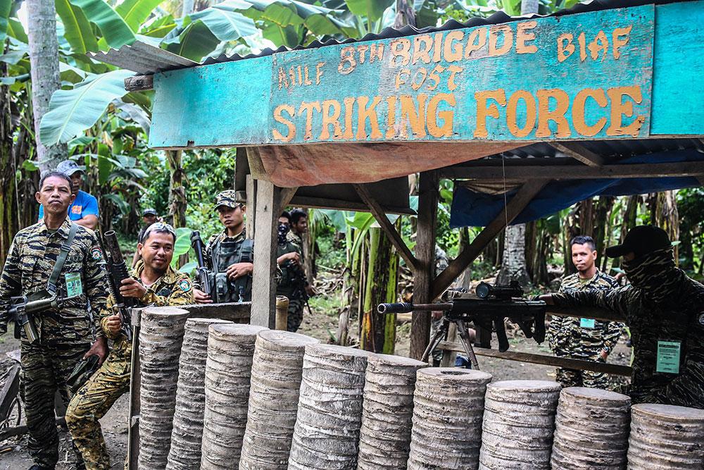 Philippines: 7 ex-rebelles musulmans tués lors d'une attaque revendiquée par l'EI