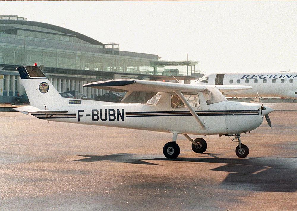 Deux morts et deux blessés dans le crash d'un avion à La Réunion