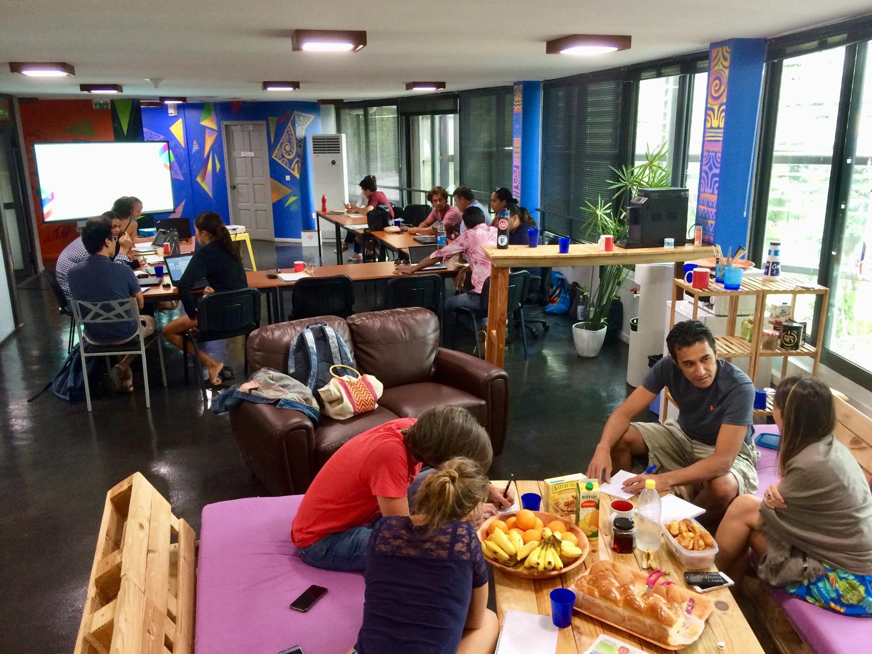 14 entrepreneurs ont pu participer à ce  Bootcamp organisé par Prism et ainsi bénéficier de deux jours de coaching intensif pour travailler sur leur business model, leur proposition de valeur, leur pitch... Tout ce qu'il faut pour passer devant le jury final qui en a finalement retenu huit.