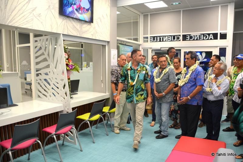 Les quatre maires des communes qui confient la gestion du service public de l'eau à la Polynésienne des Eaux étaient présents à l'inauguration du nouveau siège et de ses outils high tech.