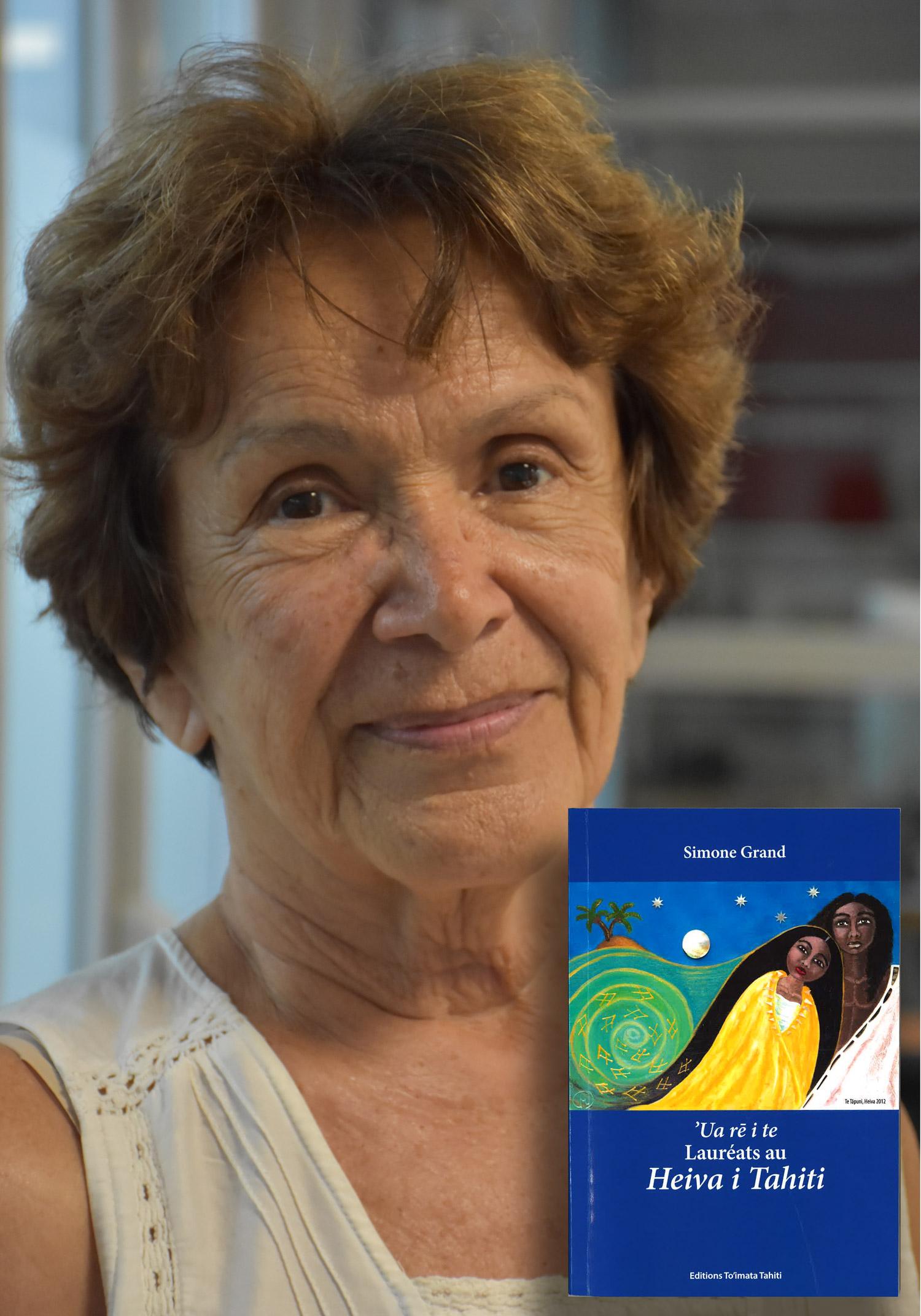 Simone Grand dédicace son dernier ouvrage