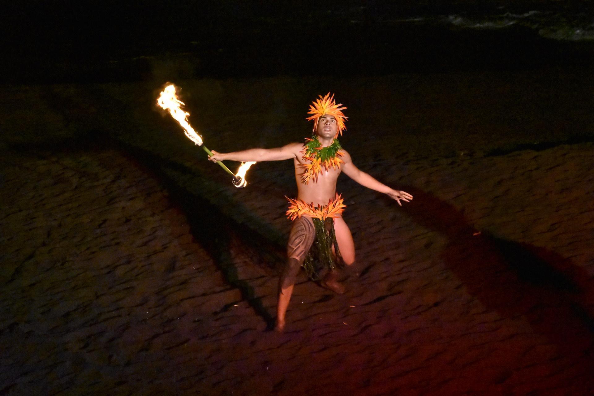 Tamatea Ondicolberry, 2ème Challenger, a littéralement mis le feu lors de son talent show.