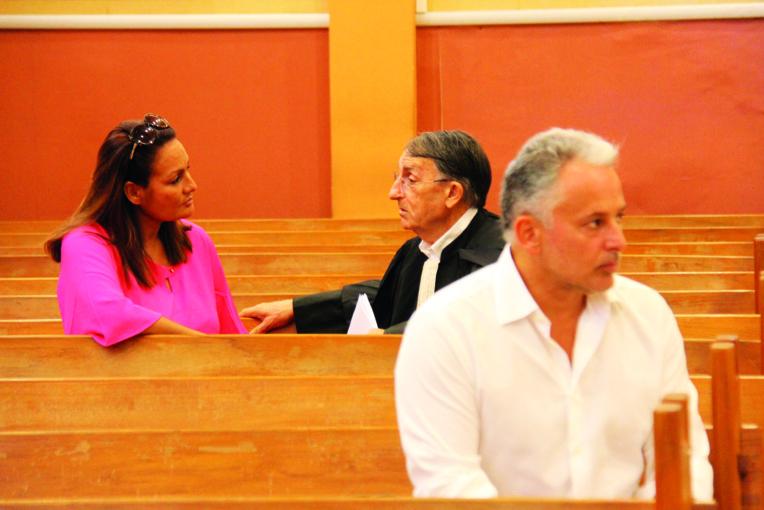 Sabine Boiron, son avocat, Me Des Arcis et Thierry Barbion lors du procès en première instance.