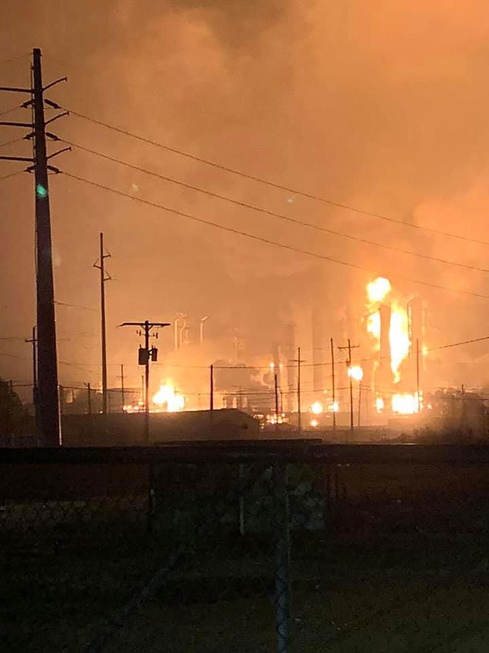 Etats-Unis: explosion dans une usine chimique au Texas, trois blessés