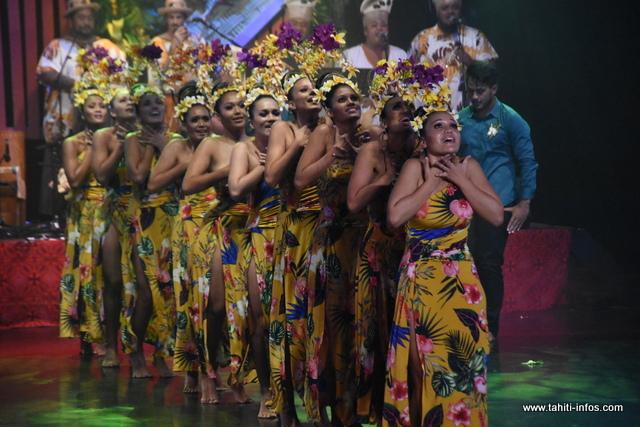Hei Tahiti Tapairu finit à la 4e place dans la catégorie Mehura.