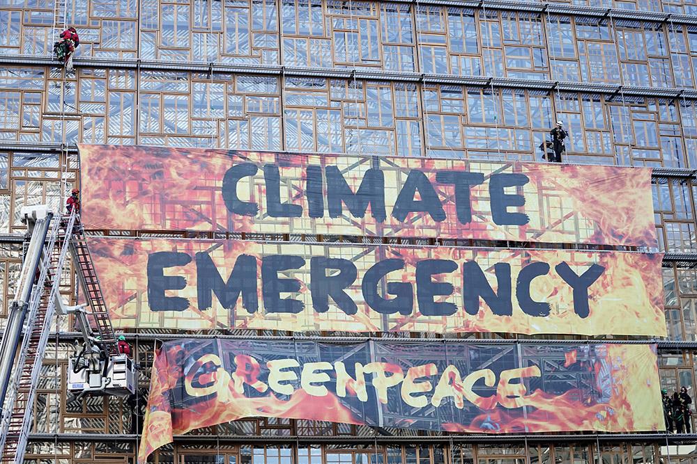 Greenpeace sonne l'alarme sur le climat avant le Sommet européen