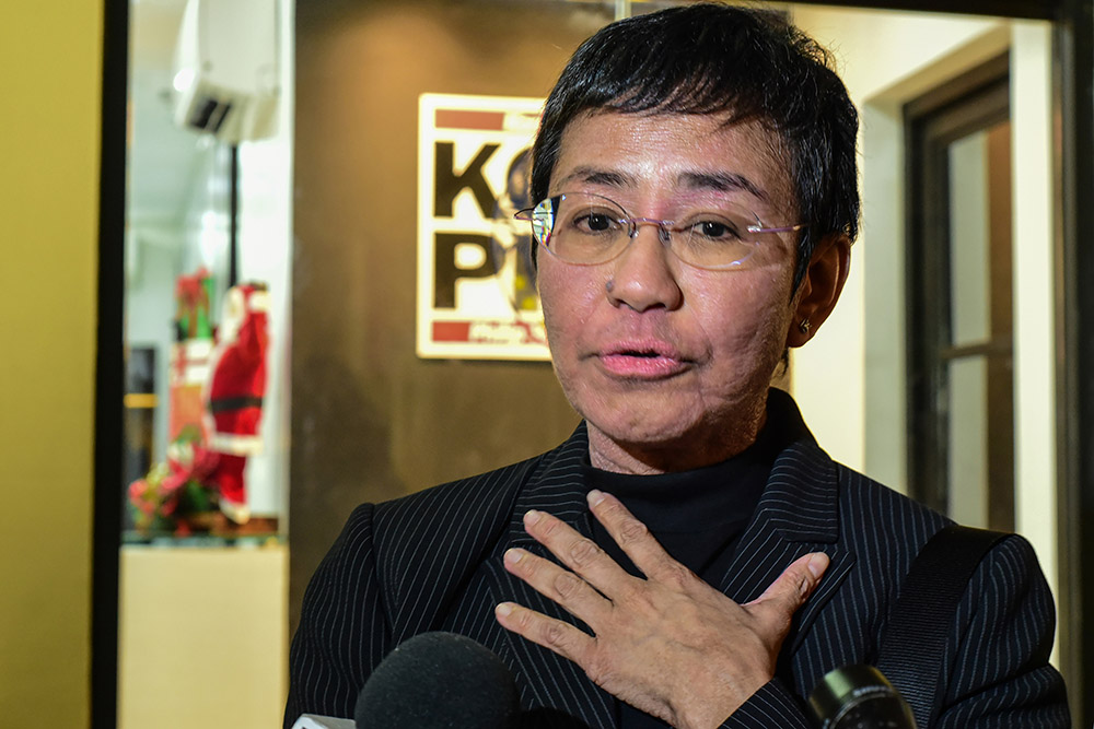 Philippines: une journaliste critique de Duterte refuse de se taire, malgré les poursuites