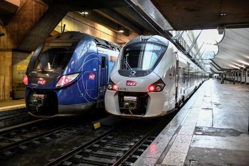 Jeudi à la SNCF, le taux de grévistes est tombé sous les 7%, son plus bas niveau depuis le début du mouvement le 5 décembre.