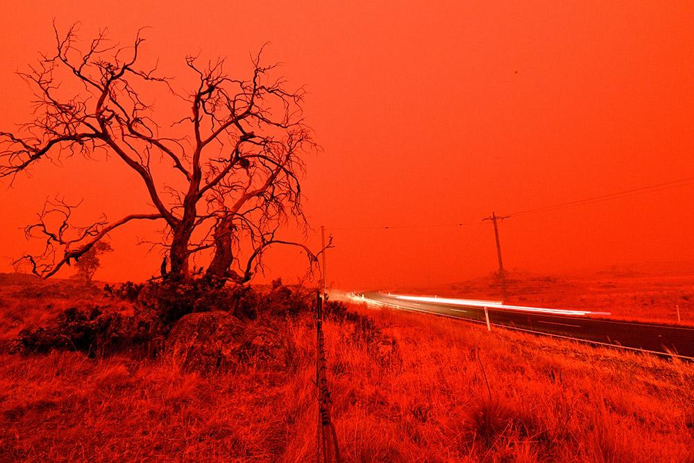 """Quand les incendies en Australie créent leur propre phénomène météo, les """"orages de feu"""""""