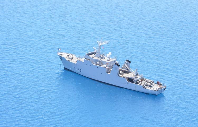 """Le patrouilleur """"Arago"""", déployé en Polynésie, sera remplacé en 2022. (Photo : Jean-Marc Tanguy)"""