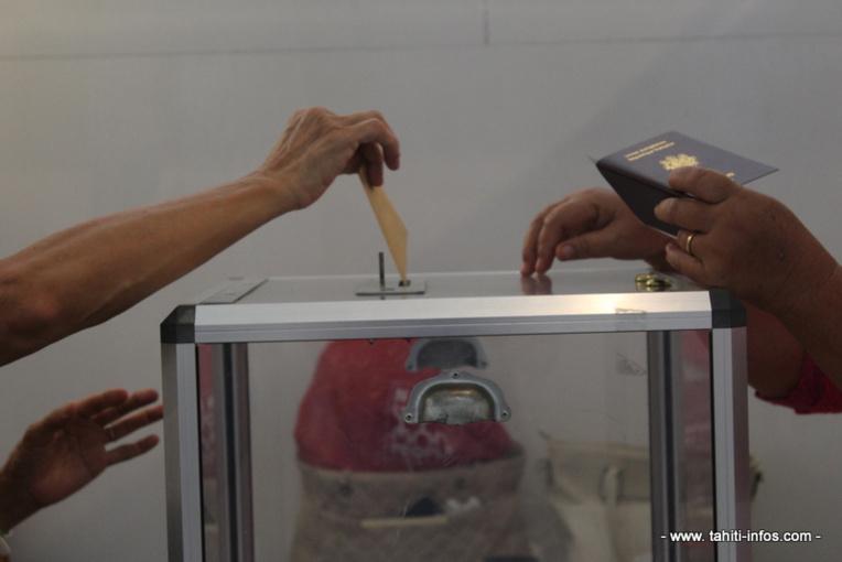 Hivaroa Maifano et Rémy Teamo élus à Hikueru