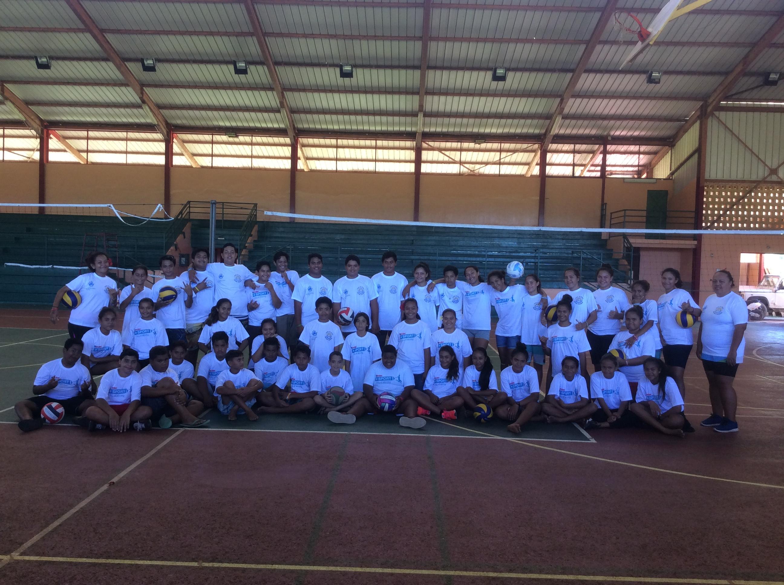 Au programme pour les jeunes athlètes : du volley-ball, basket-ball, football, tennis de table et du va'a.