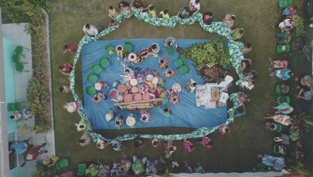 Image tirée du documentaire de Virginie Tetoofa, Rurutu, terre de 'umuai. Il est en compétition au Festival international du film documentaire océanien (Fifo).