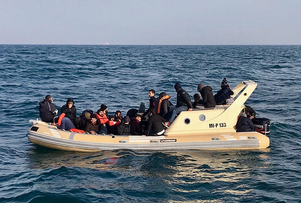 Manche: 43 migrants secourus en mer au cours de la nuit