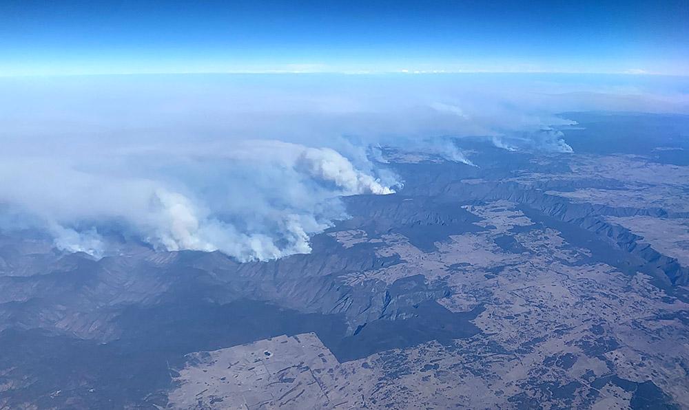 """Australie: de nombreux incendies maîtrisés, vers la fin de l'""""été noir"""""""