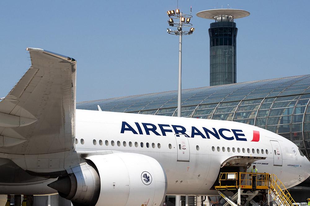 Air France: appel aux débrayages dans les escales en France vendredi et samedi