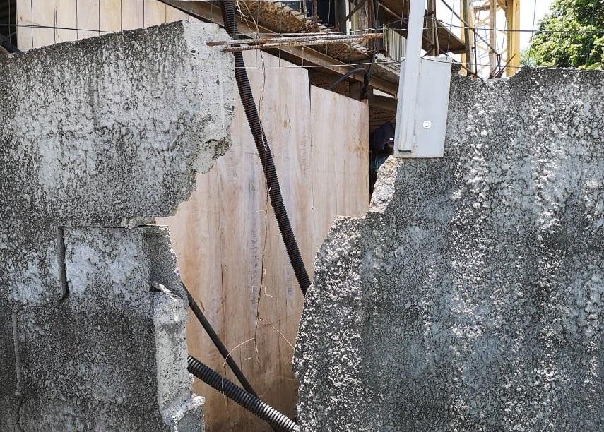 A Pira'e, une famille inquiète après l'effondrement de son mur