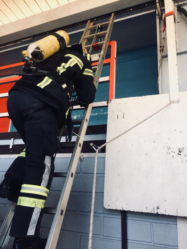 Les pompiers tirent la sirène d'alarme