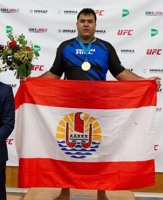Hiro Lemaire n'a pas fait détail lors de son combat pour la médaille d'or qu'il a remporté par TKO (KO technique).