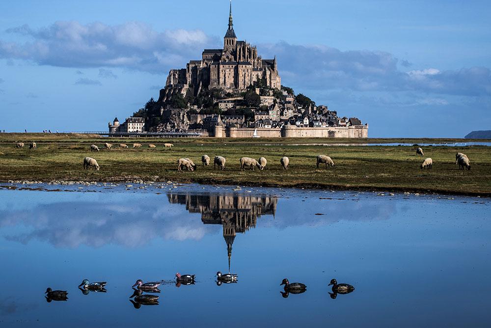 Naufrage en baie du Mont-Saint-Michel: trois morts et un disparu