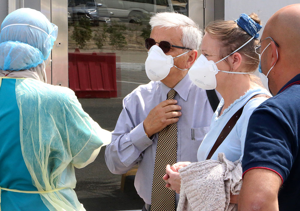 """Coronavirus : la """"pandémie est maîtrisable"""", insiste l'OMS"""