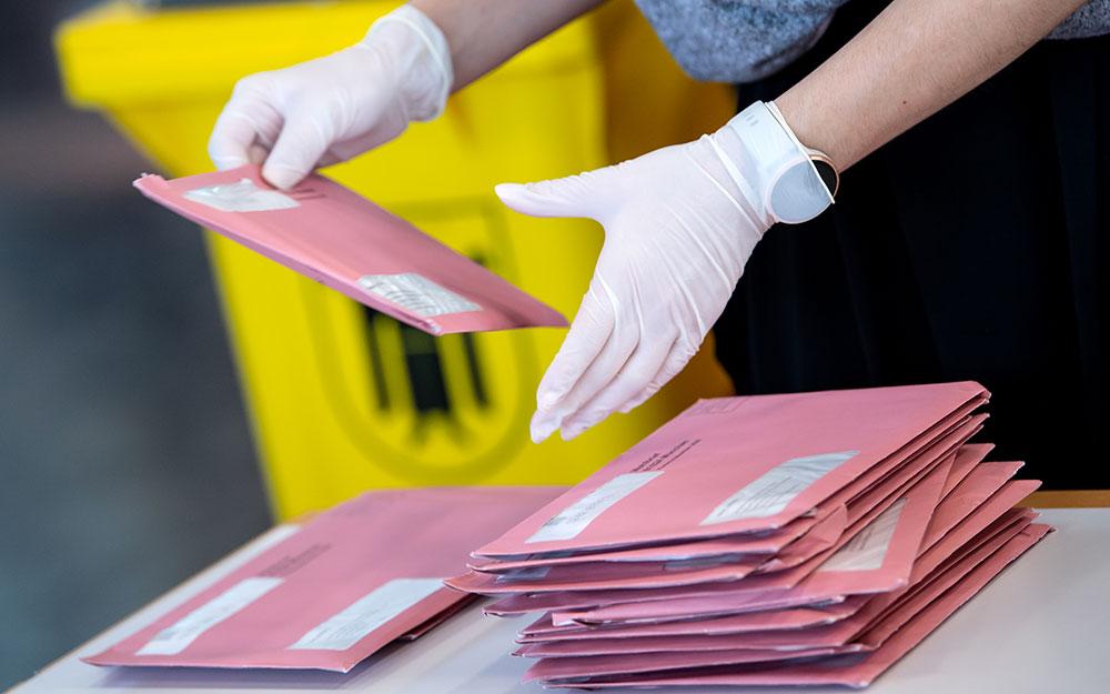 Municipales/1er tour: fermeture des bureaux de vote, abstention record