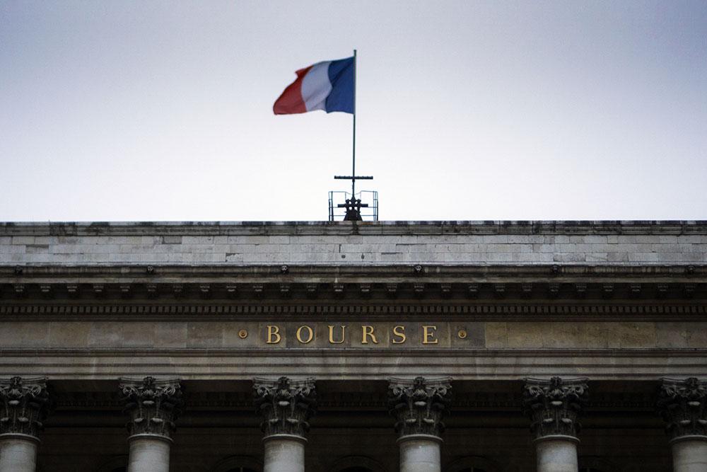 La Bourse de Paris en chute libre à l'approche d'une récession (-11,4%)