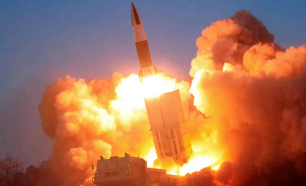La Corée du Nord tire deux missiles de courte portée, en pleine crise du coronavirus