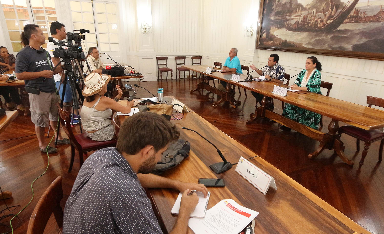 Le Pays annonce un revenu de solidarité à 100 000 Fcfp