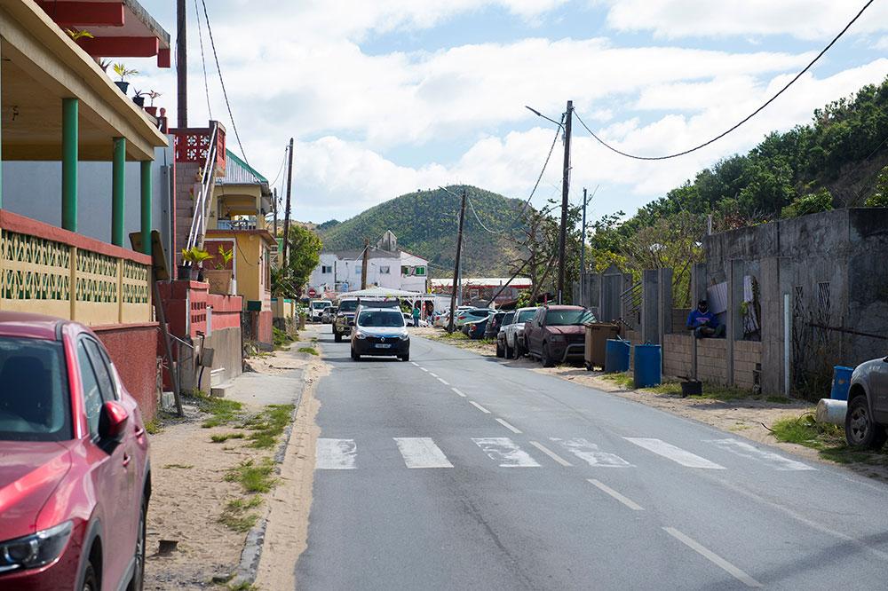 Outre-mer: premier décès lié au coronavirus à Saint-Martin