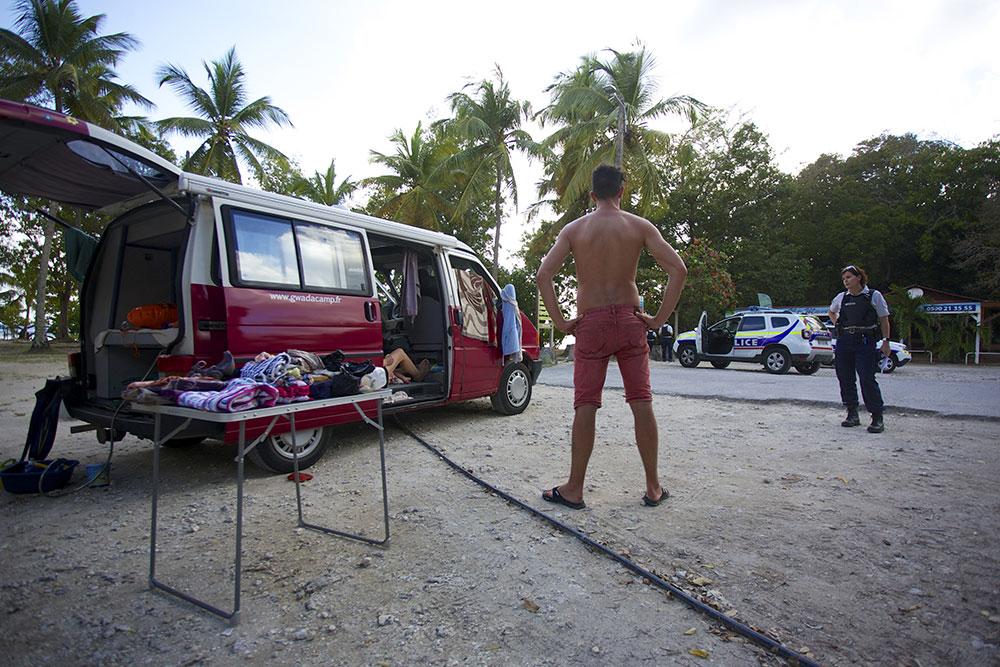 Coronavirus: couvre-feu instauré en Guadeloupe et en Martinique