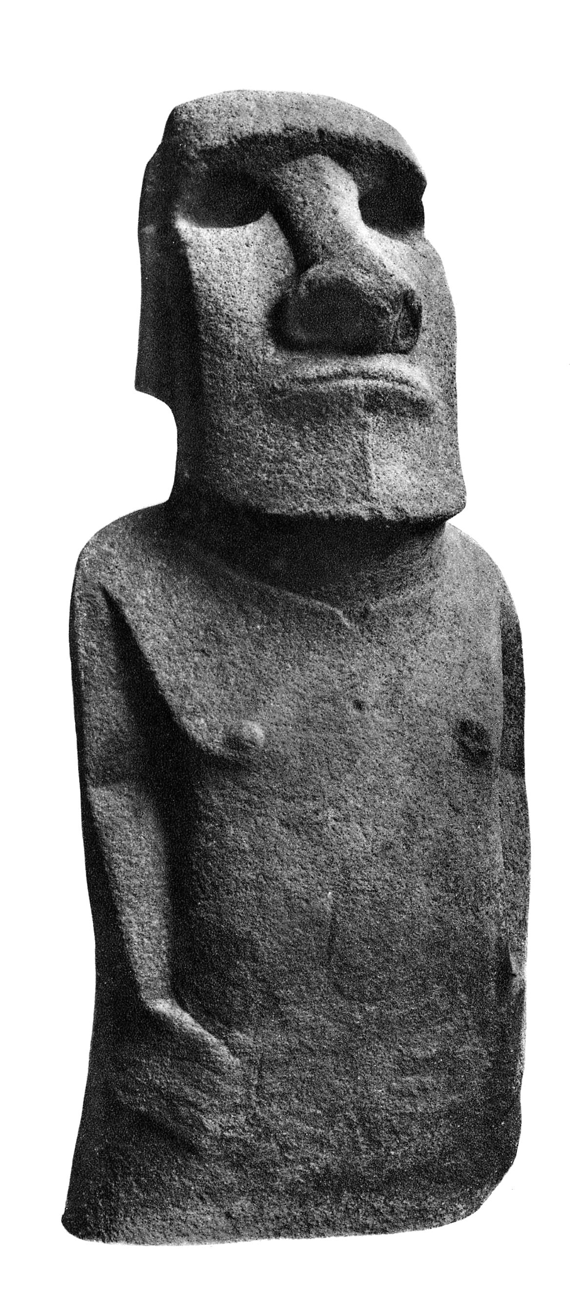 La Briseuse de vagues emmenée d'Orongo en 1868, telle qu'elle se trouve aujourd'hui au British Museum. Reviendra-t-elle un jour à l'île de Pâques ? Retrouvera-t-elle le site d'Orongo d'où elle a été enlevée ? (Photos BM)