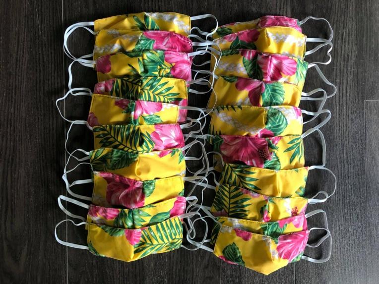 Chaque agent disposera d'un pack de quatre masques en tissus,  produits entièrement par les artisans agréés par le service de l'artisanat traditionnel.