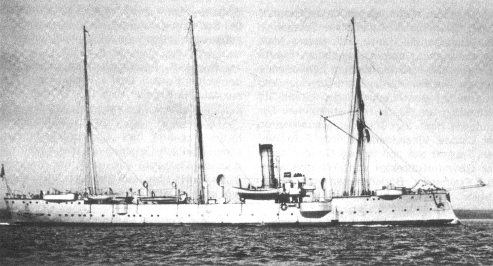 Le SMS Condor, croiseur léger qui sillonna nos eaux ; le navire fut requalifié comme canonnière en 1913.