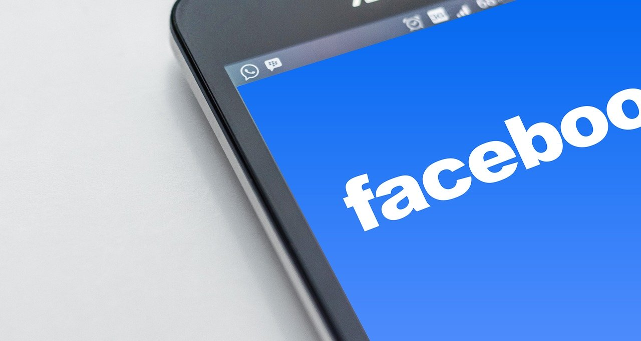 Presse: l'Australie veut obliger Google et Facebook à rémunérer les contenus