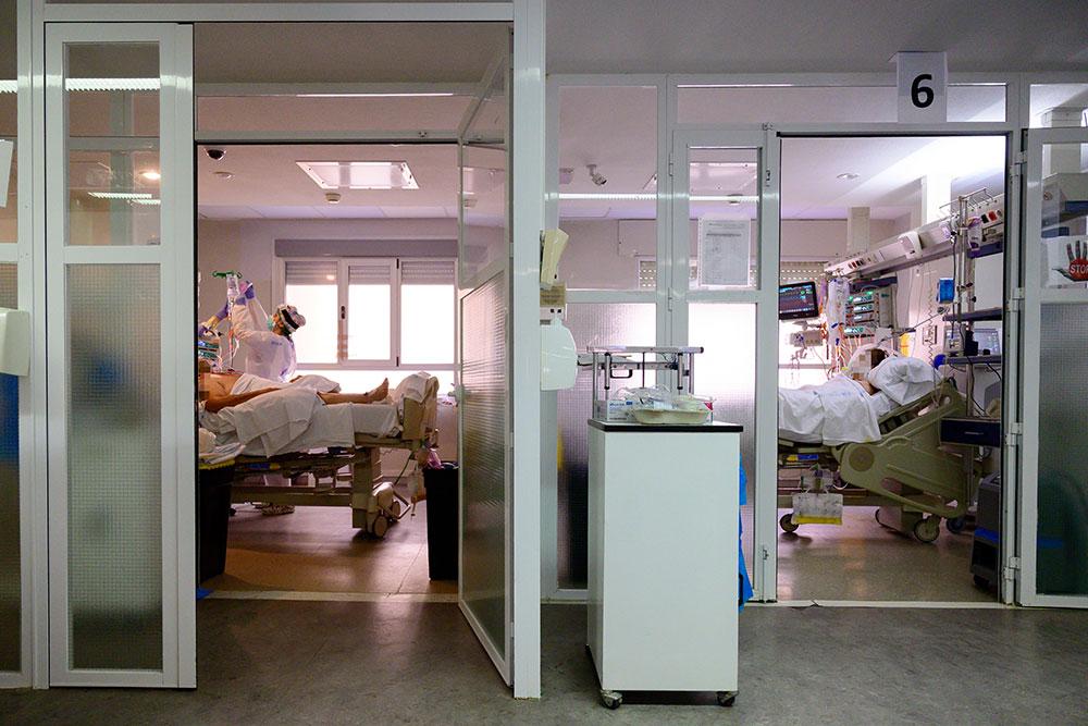 Coronavirus: 435 morts en 24 heures en Espagne, 2e jour de léger rebond
