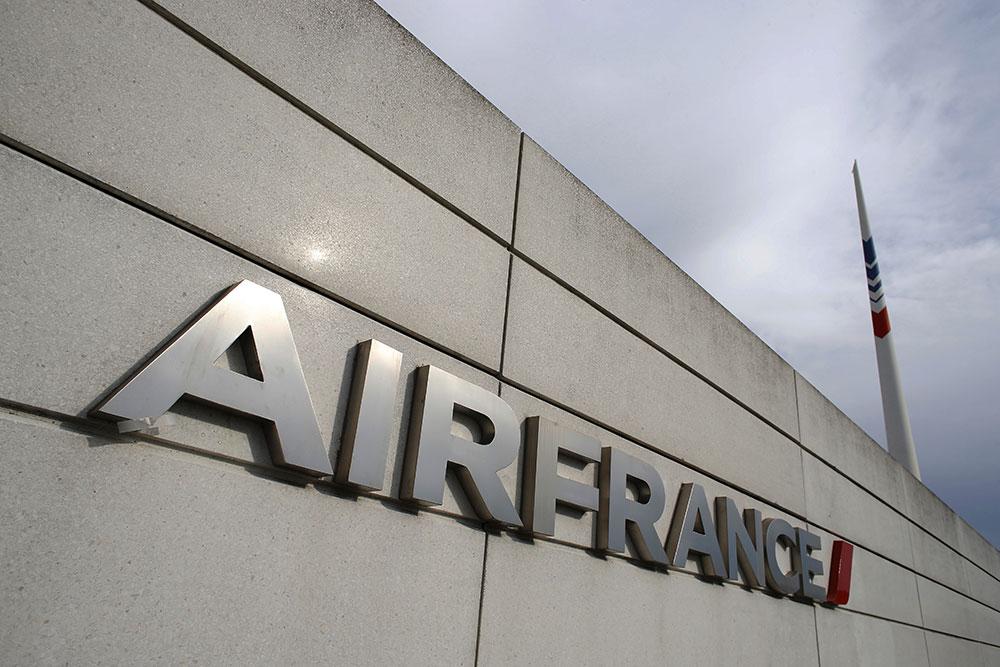 Prêts de 7 milliards d'euros pour sauver Air France
