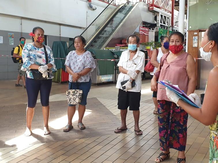 Les commerçants du marché de Papeete se sont familiarisés jeudi avec la nouvelle configuration de leur lieu de travail.