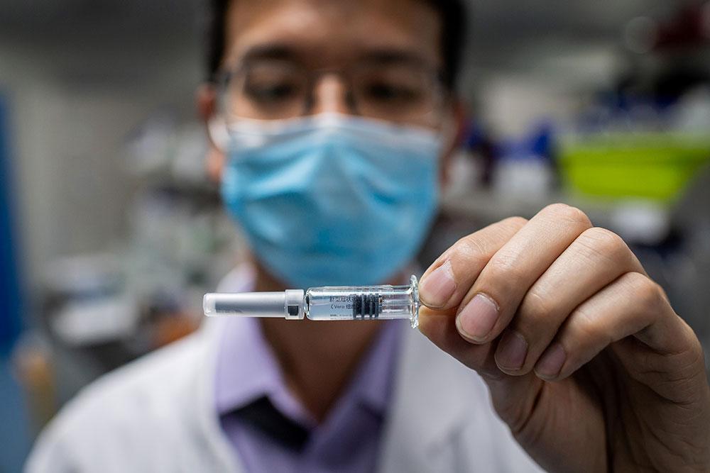 Coronavirus: l'Allemagne plus pessimiste que Trump sur un vaccin