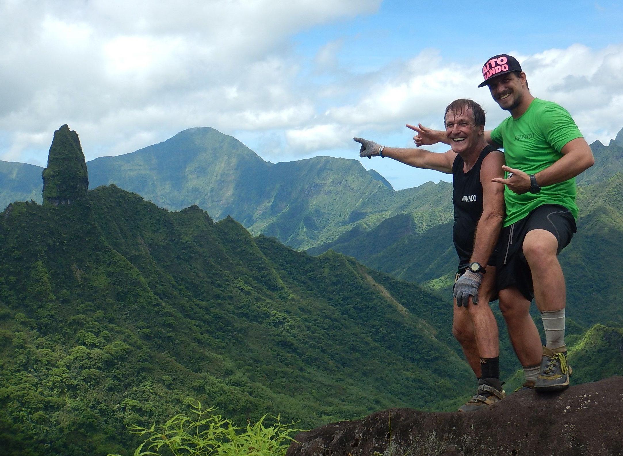 Aito Rando, c'est une affaire entre un père et un fils, le tandem Leyral connaissant la montagne tahitienne sur le bout des doigts. Jimmy, le fils, est le président de l'association regroupant les guides professionnels.